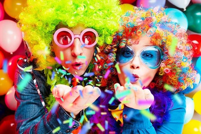 Enkel feiern Karneval